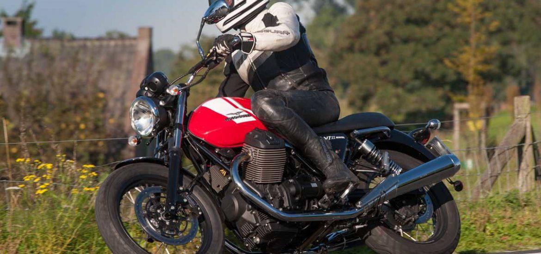 Moto-Guzzi-V7II-Special