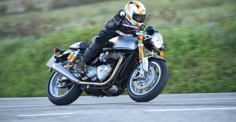 Triumph 1200 Thruxton R 2016