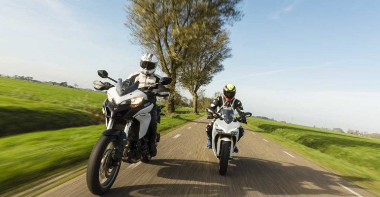 Ducati Multistrada 950 vs Supersport 950 S 2018 Test