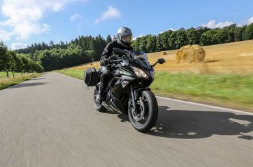 Kawasaki Ninja 650 Touring-2017-test