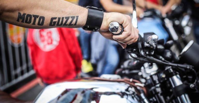 V85 TT Enduro en V9 Bobber Sport wereldprimeurs tijdens Moto Guzzi Open House 2018