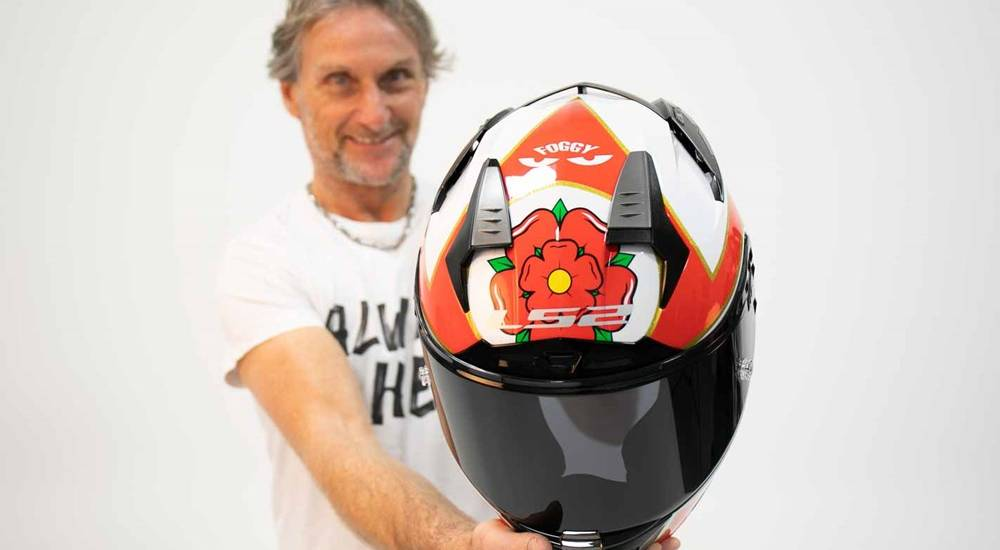 Carl Fogarty LS2