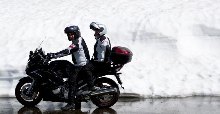 Je motor opwarmen voor de rit, doe jij dat? Praat mee!
