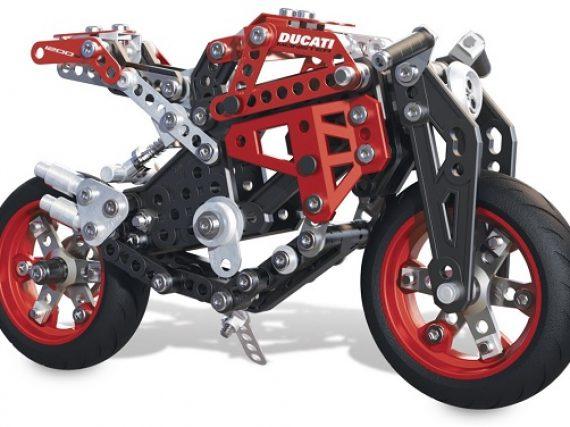 De 7 mooiste motor-cadeaus voor onder de kerstboom