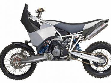 Zonderling: KTM 990 Adventure met tweewielaandrijving