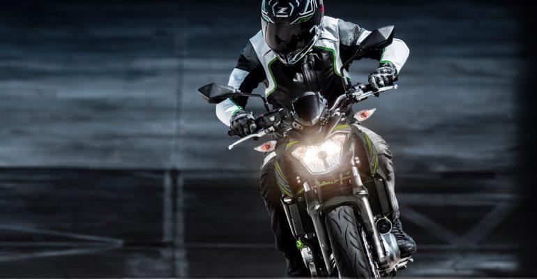 Kawasaki Z650 tijdelijk met brandstofpas ter waarde van €500,-!
