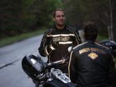 Goed zichtbaar met Harley-Davidson