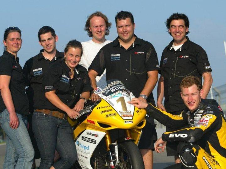 Jones en RT Motorsports naar Honda