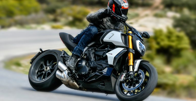 Video: Ducati Diavel 1260 S test