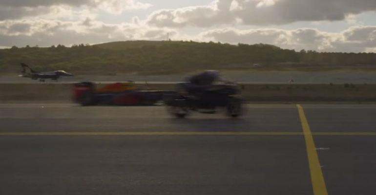 Video: H2R verslaat straaljager