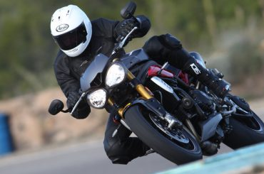 Getest: Triumph Speed Triple R