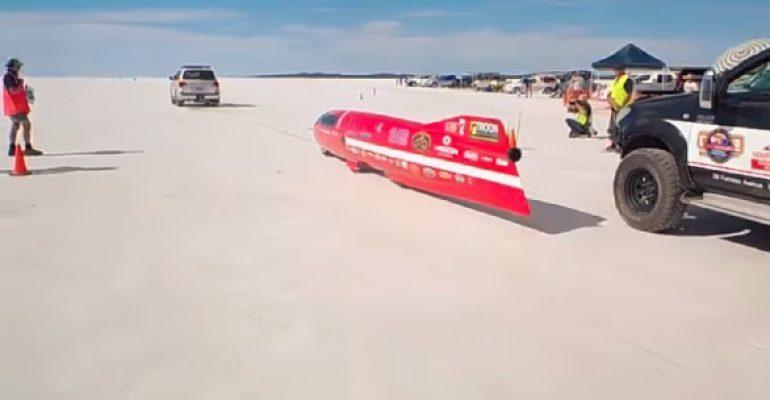 Video: Op je plaat met 552 km/u