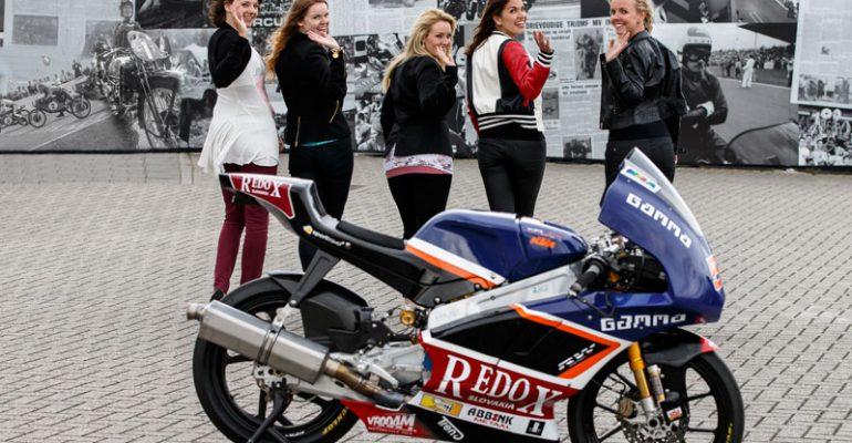 Kies je favoriete TT-grid girl