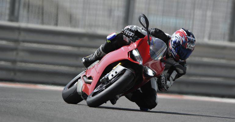 GETEST > Ducati 1199 Panigale S