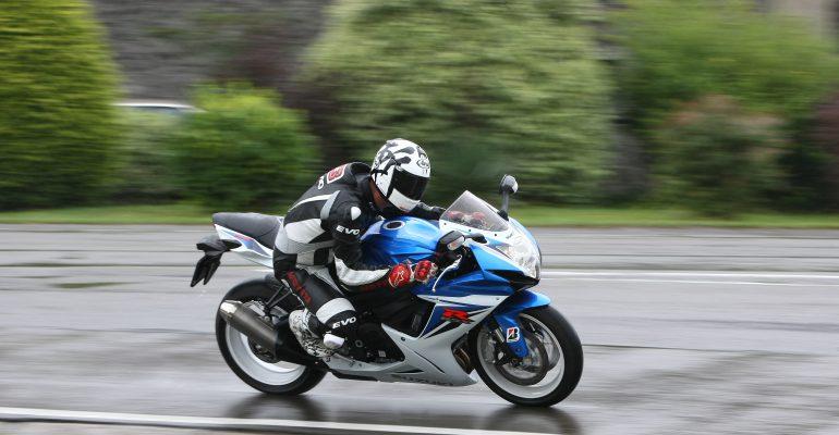Getest > Suzuki GSX-R600