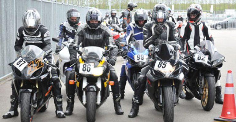 Start CRT motorsportseizoen 2014