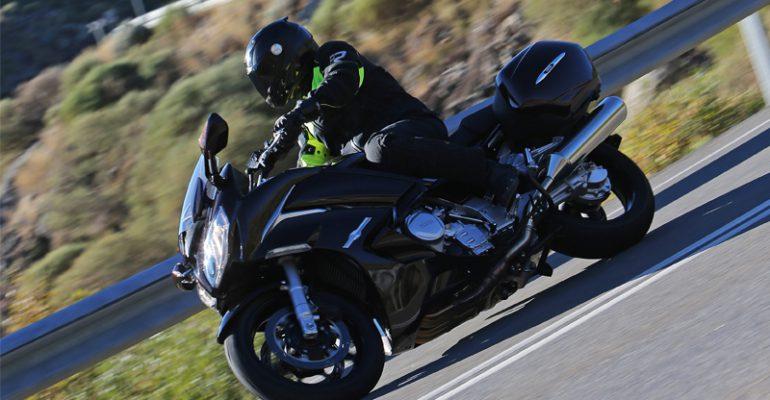 Getest > Yamaha FJR1300A