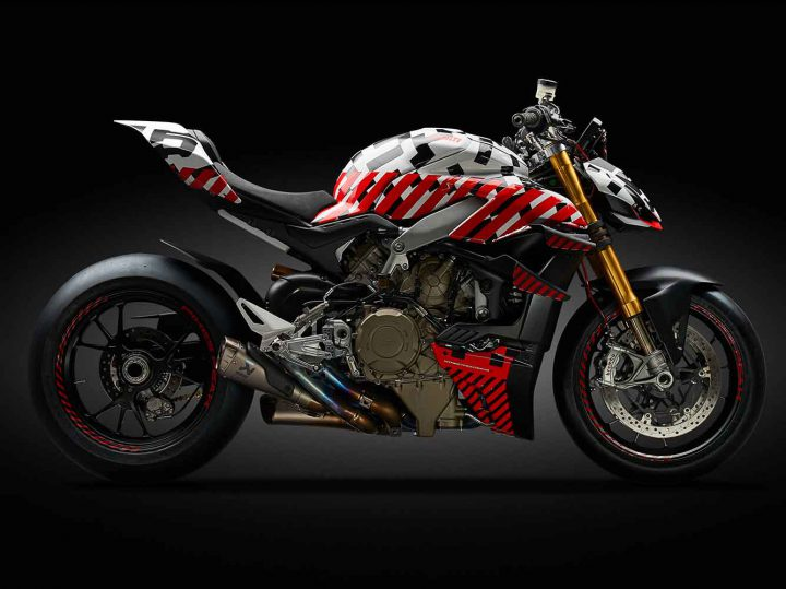 Ducati met prototype Streetfighter V4 op Pikes Peak International Hill Climb