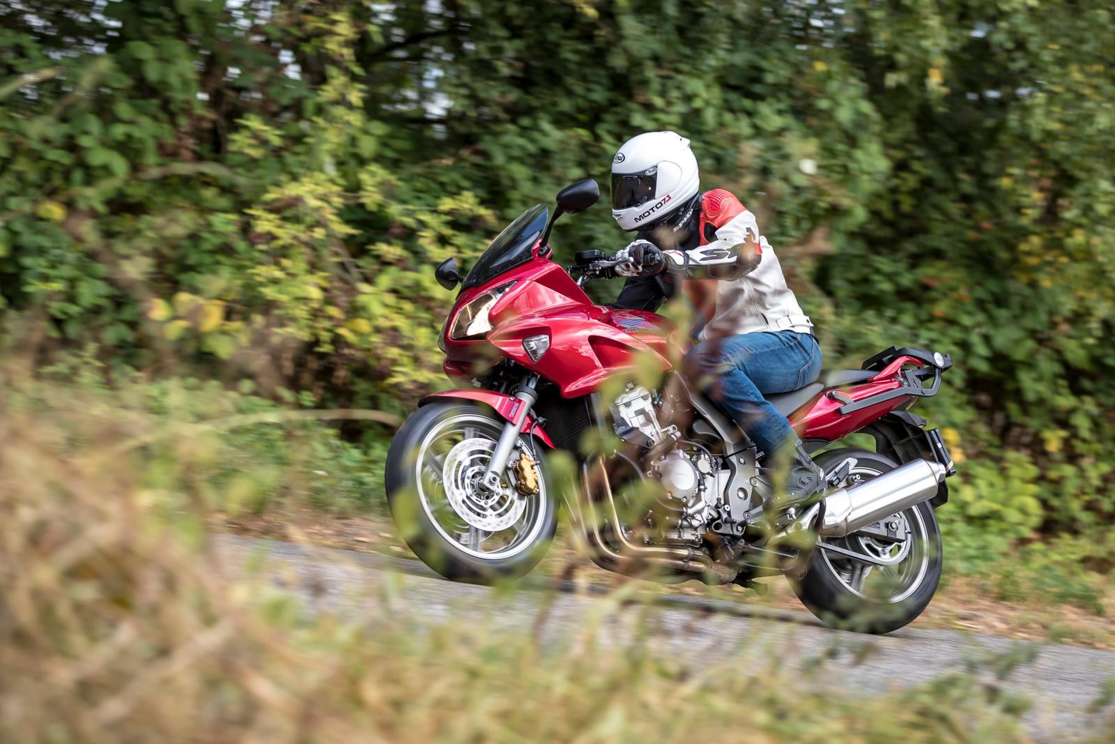Honda CBF 1000 2008 Actie