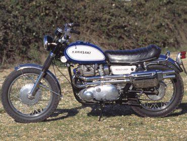 Classic: 1968  Kawasaki W2TT Commander