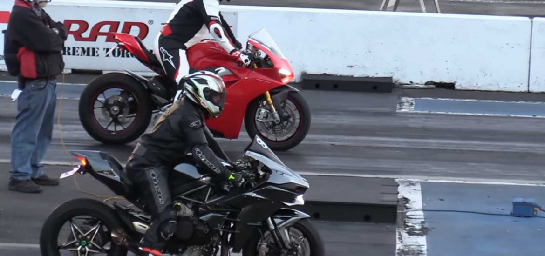 Kawasaki_Ninja_H2_vs_Ducati_Panigale_V4S_dragrace