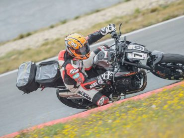 Betrapt of niet: 2020 KTM 890 Duke