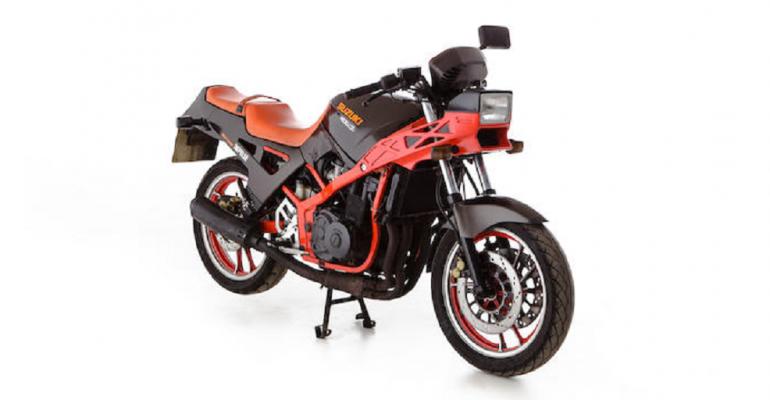 Vergeet-mij-nietje: Suzuki GSX400X Impulse
