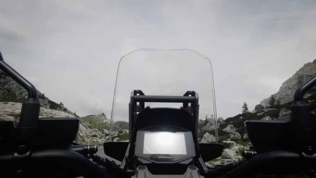 Suzuki V-Strom 1000 EICMA teaservideo