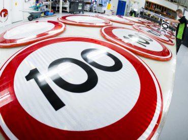 Definitief maximum van 100 km/u op Nederlandse snelwegen
