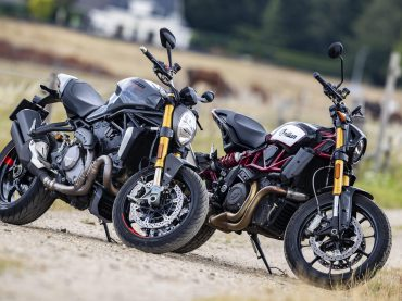 Test: Ducati Monster 1200S vs Indian Scout FTR1200S