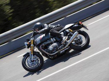 Luxe cafe-racer; Thriumph Thruxton RS 2020