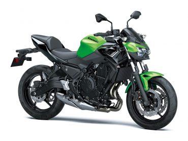 Kawasaki Z650 geeft gas