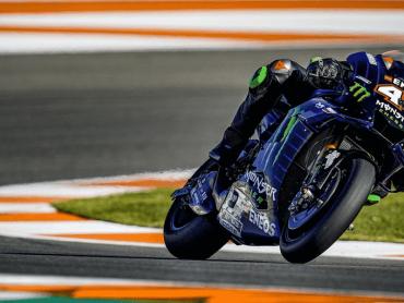 Even over Hamiltons crash met Rossi's Yamaha YZR-M1