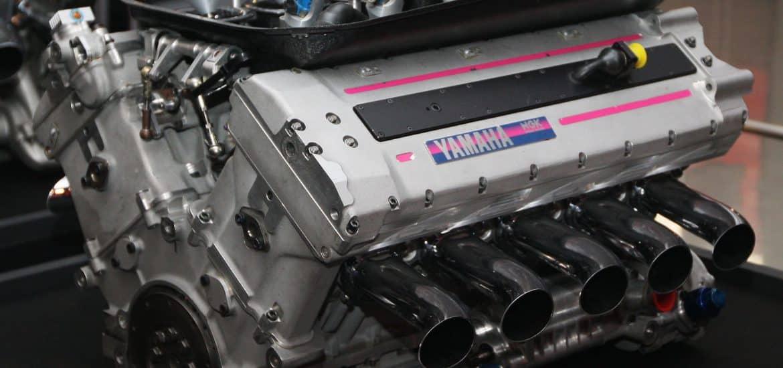 Yamaha V10 F1 motor