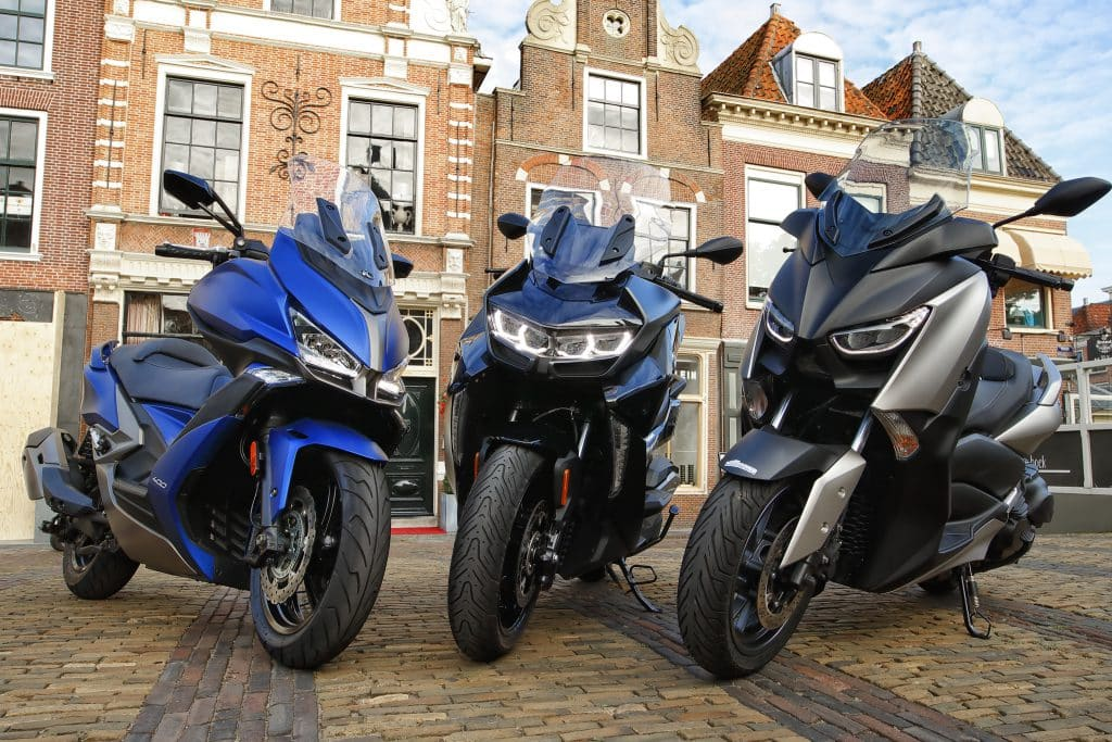 middenklasse toerscooters 2019 bmw c400gt vs kymco Xciting S 400 vs yamaha xmax400