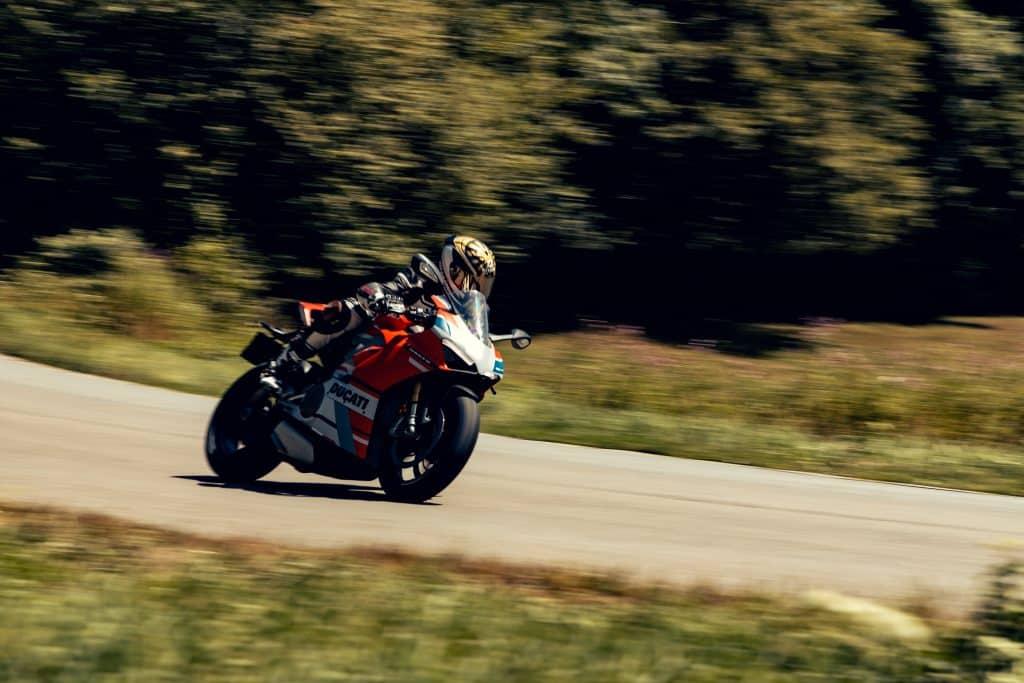Ducati Panigale V4S Corse
