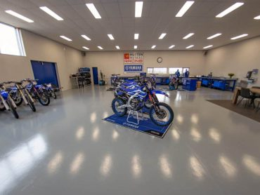 Hutten Metaal Yamaha Racing slachtoffer laffe inbraak