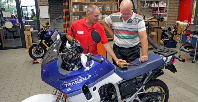 Marathonmotor: Honda XL600V Transalp