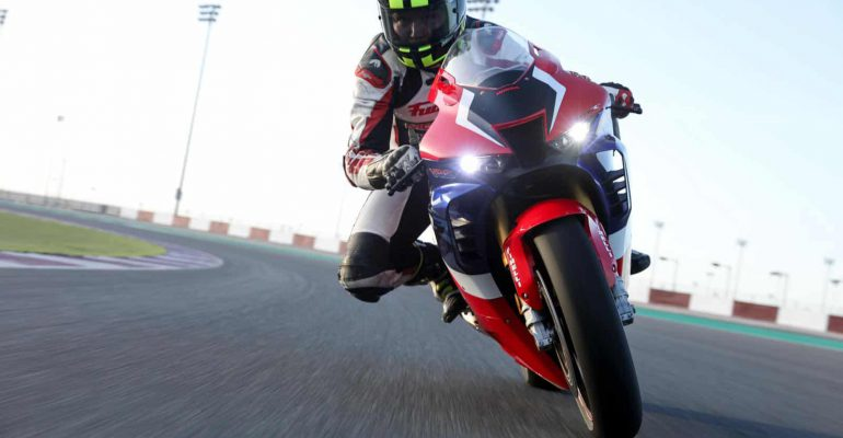 Test Honda CBR1000RR-R SP Fireblade 2020