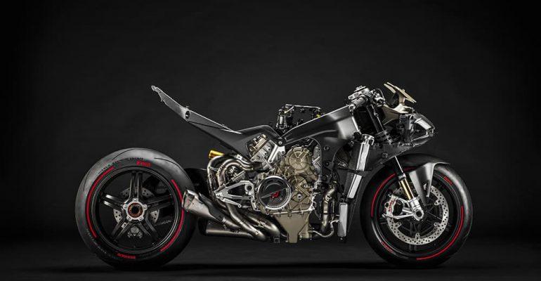 Film: Zo klinkt de Ducati Superleggera V4