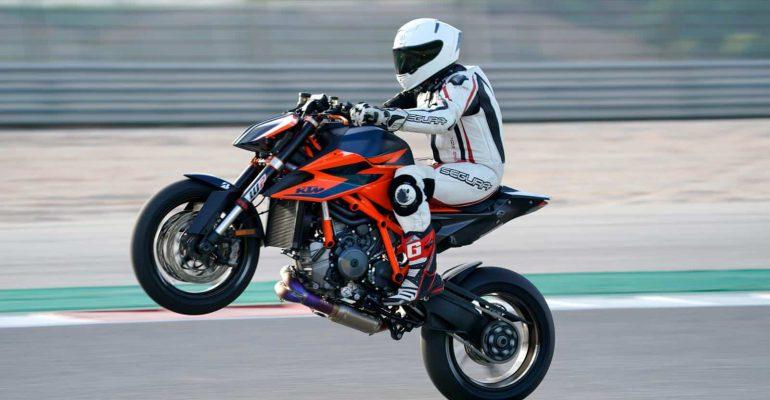 Test KTM 1290 Super Duke R 2020