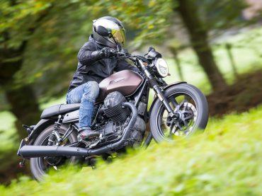 Moto Guzzi V7 III Stone Night Pack – testrit