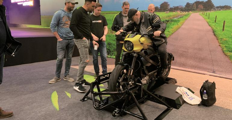 Jumpstart op de Harley-Davidson LiveWire tijdens MBU
