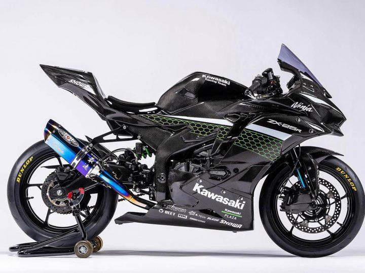 Is deze carbon Kawasaki ZX-25R de coolste motor van 2020?