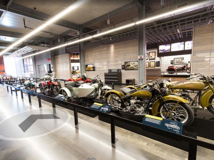 Virtueel naar het Ducati-, BMW- en Harley-Davidson-museum