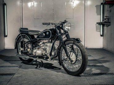 Zeldzame schoonheid: BMW R68 (1952-1954)