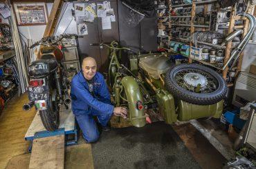 De Russische motoren van Jan Wassenaar