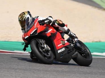 Eerste test Ducati Superleggera V4 2020