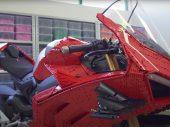 LEGO Ducati Panigale V4 R uit meer dan 15.000 steentjes!
