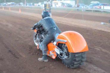 Zondagmorgenfilm: Dirt Drag Racing